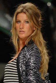 Gisele Bündchen's half up, half down bouffant - perfect bang length