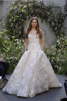 Monique Lhuillier Bridal Spring 2017 Fashion Show- This is almost how I've envisioned my perfect dress. Throw on some off-shouler straps and its perfect!!