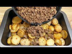 απλή και γρήγορη συνταγή, πατάτες με κιμά, θα ευχαριστήσουν όλη την οικογένεια - YouTube Meat And Potatoes Recipes, Ground Meat Recipes, Potato Recipes, Quick Recipes, Beef Recipes, Chicken Recipes, Minced Meat Recipe, Carne Picada, Mince Meat