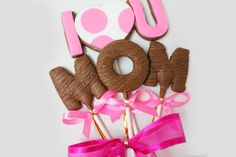 I Love U Mom Cookie Bouquet from Christy's Gourmet Gifts | Burlington, Ontario #BurlOn #BurlOnt | Also available in different arrangements or single cookies.