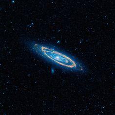 + - Após analisar por volta de 100.000 galáxias, especialistas no assunto registraram 50 galáxias que possuem altos níveis de radiação, o que sugere o fato de seres inteligentes estarem por detrás disso. Cientistas dizem ter encontrado 50 galáxias que demonstram claros sinais de civilizações avançadas. Estas declarações são baseadas no fato deterem registrado emissões …