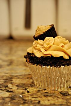 My Reeses Cupcakes Part 2.  Rave Reviews !