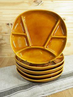 5 Assiettes à apéritif ou à fondue couleur jaune ocre en Faïence   Marque LONGCHAMP    Arts de la table vintage France 1970 de la boutique LovelyFrance sur Etsy