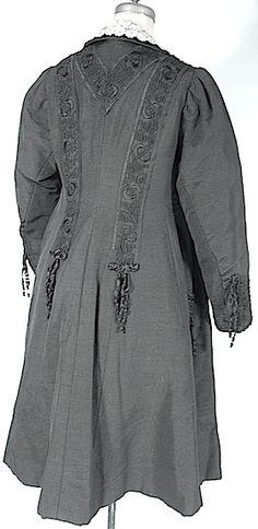 1910 J. HARTJEN, 65 West 38th Street, New York City Edwardian Black Silk Faille Embellished Walking Coat with Ecru Battenberg Lace and Black Satin Trim!