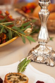 Classic and elegant Thanksgiving Table decor | Sunday Crush