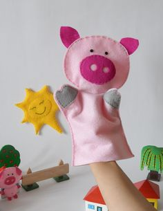 Pig hand puppet children toy theatre by FeltforAdults on Etsy Hand Puppets, Finger Puppets, Toy Theatre, Kids Hands, Little Pigs, Felt Toys, Creative Kids, Your Child, Hand Sewing