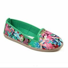 Closet Clearout Bamboo Floral Print Shoes Gorgeous green and floral print flat/sneaker   Never worn brand new in box still has tissue too  Reasonable offers welcome through offer button. Bamboo Shoes Flats & Loafers