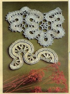 I think I will have to use the one underneath but with a lot of alterations for my work - Bruges Lace Crochet Crochet Motifs, Freeform Crochet, Crochet Diagram, Crochet Chart, Thread Crochet, Irish Crochet, Crochet Lace, Crochet Hooks, Bruges Lace