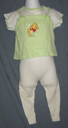 Winnie the Pooh White Green 2-piece Girls Outfit 18M 27-32 lbs Shirt Pants