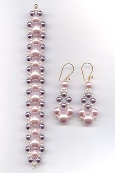 Designs: ABC's of Creativity - B is BeadsRypan Designs: ABC's of Creativity - B is Beads Akoya Pearl Bracelet - AAAA Pink pearl set Chunky 3 pieces Swarovski pearls and Tutorials on how to make with Flower Beaded EarringsFree Diy Jewelry Projects Bead Jewellery, Bead Earrings, Jewelery, Beaded Necklace, Beaded Bracelets, Pearl Bracelet, Garnet Bracelet, Beading Jewelry, Beads Jewellery Designs