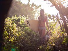 Asaya Brusa Surf shoot for Squalo Internacional in La Punta Zicatela (Puerto Escondido)