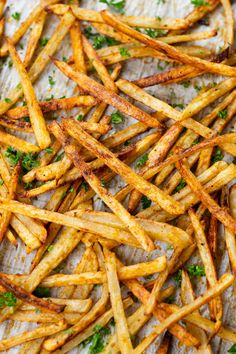 These homemade French Fries baked in the oven are better than restaurant style! They're super crispy, have lots of flavor, and are so much healthier! Plus, you only need 3 ingredients! Oven Baked Fries, Fries In The Oven, Easy Cooking, Cooking Recipes, Meatless Recipes, Skillet Recipes, Vegetarian Dinners, Healthy Dinners, Pizza Recipes