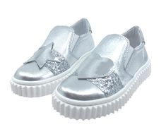 64a374b9f5 Naturino Girl s   Boy s Silver Metallic Leather with Glitter Decal Detail  Slip On Low Top Casual Sneaker Shoe