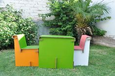Mobiliario infantil 100% reciclable Outdoor Furniture, Outdoor Decor, Outdoor Storage, Recycling, Beautiful, Home Decor, Upcycling, Chairs, Creativity