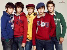 SungMin, Heechul, LeeTeuk, Eun Hyuk, Kangin for SPAO winter 2009