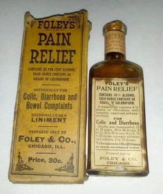 The liniment made by Foley Co around the turn of the century in Chicago, Ill. It was heavily advertised as a miracle cure internally for colic, diarrhoea (sp) and bowel complaints and externally as a liniment. Antique Bottles, Vintage Bottles, Bottles And Jars, Vintage Advertisements, Vintage Ads, Old Medicine Bottles, Vintage Medical, Medical History, Old Ads