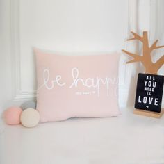 #babygift #madeinfrance Lovely cushion Be Happy My Baby soft pink available @frenchblossom #newin