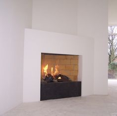 Home Living Room, Living Area, Modern Fireplace, Electric Fireplace, New Homes, Loft, House, Kitchen, Home Decor