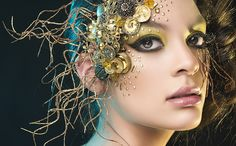 """""""Golden"""" By Rebeca Saray"""