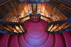 "Two Portuguese bookshops make The Telegraph's list of ""16 of the world's most beautiful bookshops"" - via The Telegraph 02-03-2017 