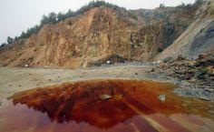 'RMGC începe să piardă tot la Roşia Montană. Avizul de mediu pentru PUZ zona industrială, anulat  http://epochtimes-romania.com/news/rmgc-incepe-sa-piarda-tot-la-rosia-montana-avizul-de-mediu-pentru-puz-zona-industriala-anulat---238395