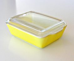 Vintage Pyrex Refrigerator Dish Primary Yellow 503 B Covered Baking Dish Rectangular Kitsch, Dessert Glasses, Vintage Antiques, Vintage Pyrex, Hey Good Lookin, Antique Glassware, Good Ole, Or Antique, Milk Glass