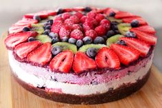Raw Vegan Berry Cake  (#raw #vegan #glutenfree #nongmo #natural #organic) #veganpanacea