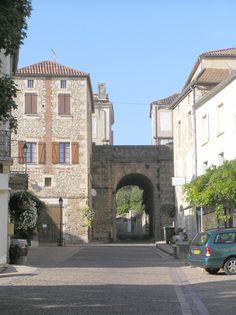 Puy L'Eveque.