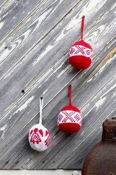 Joulupallot Novita Nalle -langasta, ilmainen ohje Novitaknitsistä!
