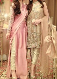 Loved the slit saree style