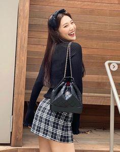 Kpop Outfits, Cute Outfits, Beautiful Girlfriend, Red Velvet Joy, Velvet Fashion, Seulgi, Asian Woman, Kpop Girls, Korean Girl
