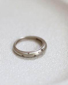 White Gold Star Ring 14k Star Wedding band Engraved Ring | Etsy
