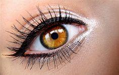 Lápis para Esfumar Olhos (Nude Luminoso) - Avon