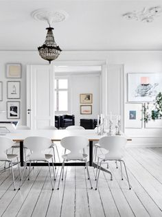 This house is a perfect example that color [even unexpected hues] can be used efficiently to make a strong statement and add character. While I'm all into all white scandinavian interiors, I'm always