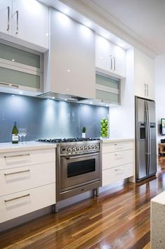 New Kitchen Layout Galley Stainless Steel Ideas Kitchen Cabinet Remodel, Kitchen Gallery, White Modern Kitchen, Kitchen Cabinet Design, Kitchen Designs Layout, White Kitchen Design, New Kitchen Cabinets, Kitchen Interior, Kitchen Layout