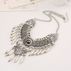 6daa4b00ee4f 2016 Fashion Bohemian Gypsy Colar Vintage Collier Maxi Statement Necklaces    Pendants Beads Leaf Tassel Choker Necklace Collares