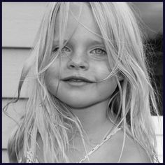 Beach Beauty. Child portraits by www.lizziepatterson.com