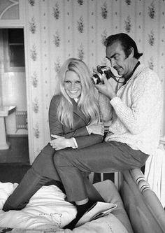 Brigitte Bardot e Sean Connery.