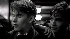 Ethan Hawke as Todd Anderson and Robert Sean Leonard as Neil Perry in Dead Poets Society. Carpe Diem, Dead Poets Society Quotes, Robert Sean Leonard, Oh Captain My Captain, Ethan Hawke, Out Of Touch, The Best Films, Series Movies, Movies Showing