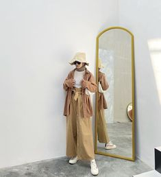 Casual Hijab Outfit, Ootd Hijab, Casual Outfits, Fashion Outfits, Simple Ootd, Hijab Fashion Inspiration, Korean Girl Fashion, Anime Girl Cute, Korean Outfits