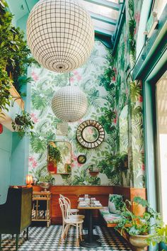 Leo's Oyster Bar, San Francisco, Where to Eat by Madeline Lu Bacardi, Leos Oyster Bar, San Francisco Restaurants, Sf Restaurants, Tropical Wallpaper, Vintage Mirrors, Bohemian Decor, Places To Eat, Beautiful
