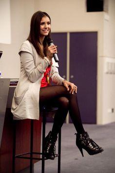 Nina Dobrev Photos: 'Vampire Diaries' Convention In Melbourne