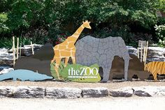 Entering the louisville zoo...