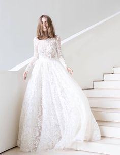 40 Timeless Wedding Dress Will Last Forever - Beauty of Wedd.- 40 Timeless Wedding Dress Will Last Forever – Beauty of Wedding 40 Timeless Wedding Dress Will Last Forever - Long Wedding Dresses, Long Sleeve Wedding, Designer Wedding Dresses, Bridal Dresses, Wedding Gowns, Tulle Wedding, Timeless Wedding Dresses, Marchesa Wedding Dress, Modest Wedding Dresses With Sleeves
