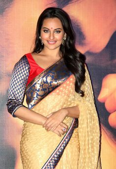 Sonakshi Sinha in beautiful blue designer plain saree with zari border ...