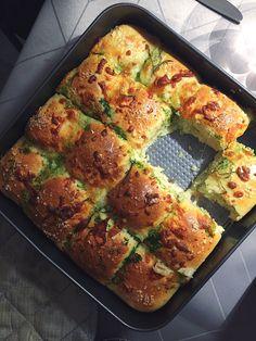 Food N, Good Food, Food And Drink, Yummy Food, Vegetarian Recipes, Cooking Recipes, Food Crush, Bread Bun, Best Appetizers