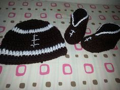 Football hat and matching booties by BellasBabyTreasures on Etsy