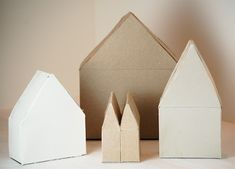 Houses made of cereal boxes. I'm going to build a village with my kids!