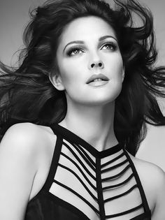 Drew Barrymore // I love this breath taking beautiful B&W image of Drew!