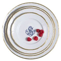 Add a custom personal touch to our white porcelain dinnerware for gorgeous place settings. Custom monogrammed china enhances your tablescapes and sets the mood for dinner. Choose from 5 colors and 3 fonts at https://www.sashanicholas.com/shop-all/weave-24k-gold-rimmed-monogrammed-salad-plate/ | Custom Monograms Crests | Heraldry | Designs for Weddings | Dinnerware | China